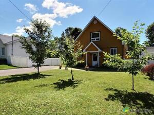 208 500$ - Maison 2 étages à vendre à Shawinigan