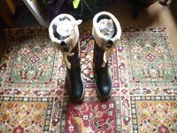 "ORIGINAL Clarke black boots size:'6 1/2' ""NEW"""
