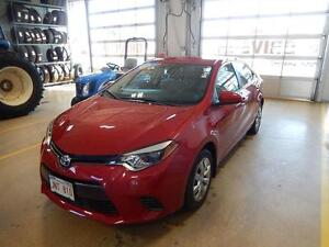 2016 Toyota Corolla LE Fuel efficient and like new low kms.