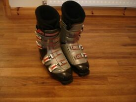 Pair of Nordica Vertech 75 Ski Boots Size 9