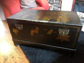Big Chinese storage box