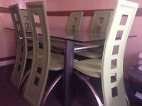 Stylish dinning table with 6 chairs