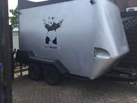 Box Trailer Braked Tow-A-Van-Indespension-Box-Trailer Twin axle, silver, for markets/bikes/jet skis