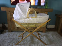 BRAND NEW Deluxe Palm Moses Basket 'Wish Upon a Star' Unisex with Quilt + Hood + Folding Stand