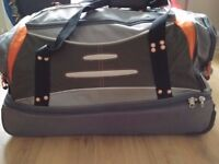 Good condition medium travel bag