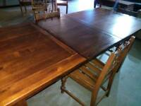 7ft long solid wood extending dinning table seats 8 people