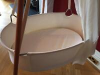 Leander cradle with hanging hook and mattress