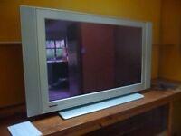 "Philips flat tv .43""; screen"