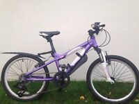"Carrera luna girls mountains bike. 18"". Excellent condition. Suit. 7-9 yr old. Rarely used."