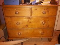 Antique Pine Chest of drawers needs to be restored so selling as project