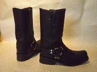 Quality Cruiser Motorcycle Boots, Size 9 --- Hardly Worn