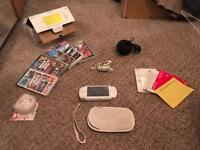 PSP-1003 Ceramic White + 5 games + all original packaging + charger + headphones