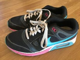 Mens/Boys Nike Airmax trainers, size 7.5uk