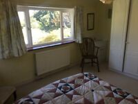 Kent: Room to rent in lovely family home Chipstead