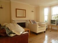 Beautiful Period 1 Bed Garden Flat In The Popular Westcroft Square - 5 Mins From Stamford Brook Tube