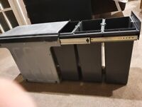 WESCO KITCHEN PULL OUT IN CUPBOARD WASTE AND RECYCLING 3 BINS