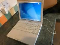 Retro Apple iBook G4