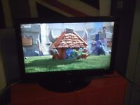 "LG 37"" 3 HDMI FULL HD 1080P WITH ORIGINAL SWIVEL STAND AND REMOTE NICE TV"