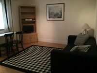 Smart 1 double bedroom first floor flat near Hersham Station. ALL BILLS INCLUDED.