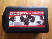 YORK FITNESS 20 KG CAST IRON DUMBELL SET IN CASE