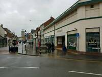 Fully equiped Cafe to Rent in a busy shopping centre melton mowbray ex busiess opportunity