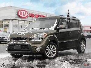 2012 Kia Soul 2.0L 2u MANUAL . FUN FUN FUN !!