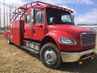 2007 Freightliner M2 106 Service Truck, Bus. Class - LOW KM'S