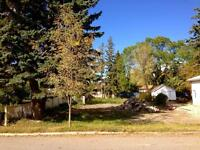 *LOT FOR SALE* 120 2 Ave SE, High River, AB