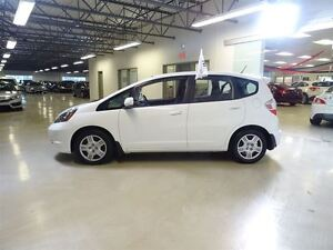 2013 Honda Fit LX 5AT *Auto*/AC/BAS KMS!!! West Island Greater Montréal image 10