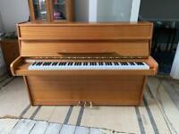 Piano - Upright - Calisia