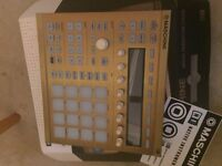 MASCHINE MK 2 -LIMITED EDITION GOLD-£285
