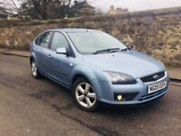 FORD FOCUS 1.6 ZETEC CLIMATE MOT 1 YEAR IMMACULATE CONDITION FULL SERVICE HISTORY