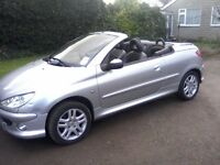 PEUGEOT 206 CC 1-6 ELECTRIC HARDTOP CONVERTIBLE 2003 (563 PLATE) 90,000 MILES, FULL SERVICE HISTORY.