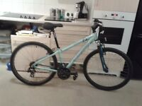 Opollo 26 spead ladies bike hardley used in mint condition .must be seen.