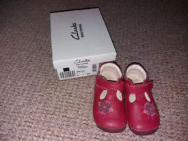 Clarks shoes size 5f