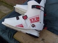 Mens ski boots and goggles
