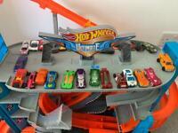 Hot Wheels ultimate shark garage and ultimate gator car wash
