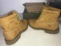 BRAND NEW Timberlands Boot Size UK9