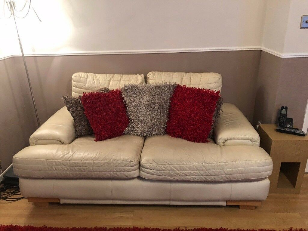 Scs 2 And 3 Seater Cream Leather Sofas In Aberdeen Gumtree