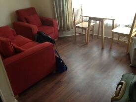 One Bedroom First Floor Flat to Let on Mansfield Road Ilford IG1 3BB