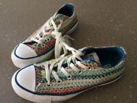 Converse size UK3. Lovely lace ups. Unusual design, excellent condition.