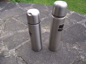 2 x Stainless Steel Flasks Thermos