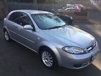 Daewoo Lacetti 1.6 SX 2005 54 reg 5 door in silver 2 owners from new air con cd player alloys astra