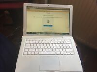 Apple MacBook white (working)