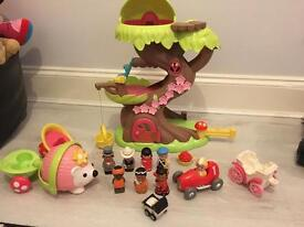 Happy land Fairy Tree House and Figures