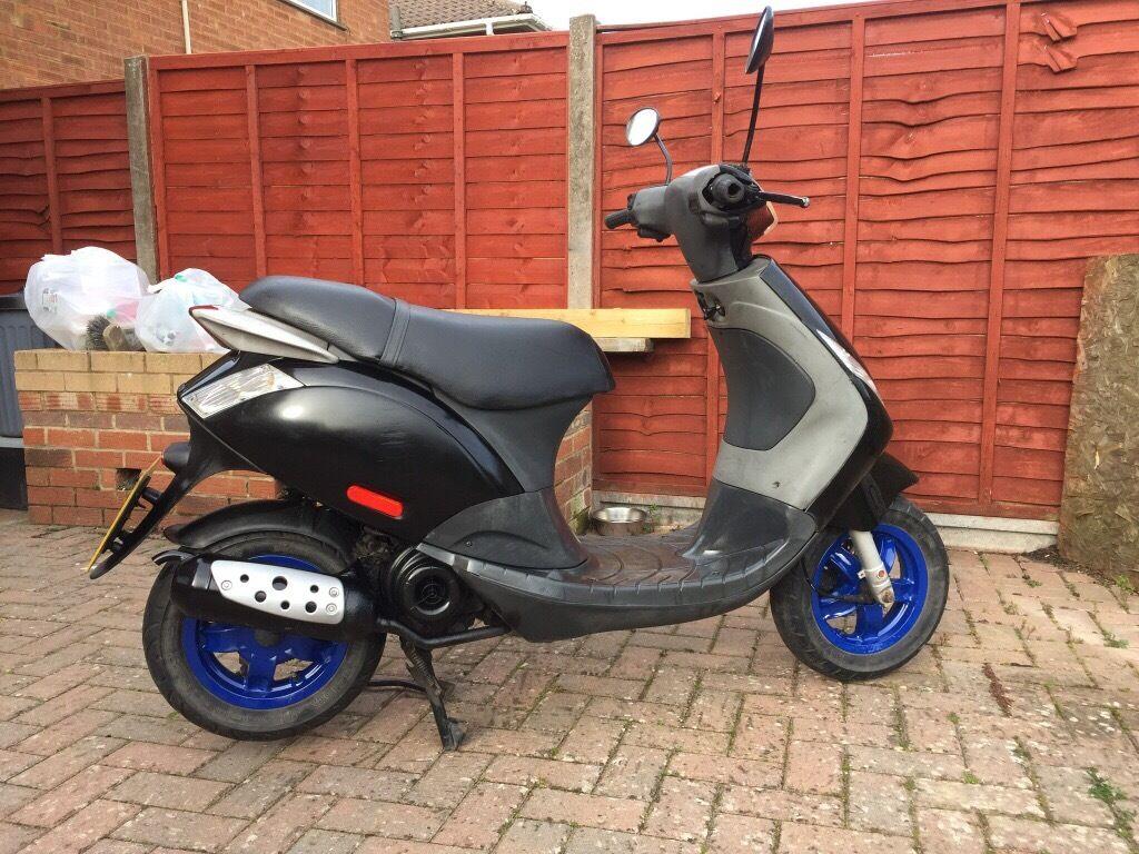 piaggio zip 4t 50cc scooter, 5 months mot. 07 plate. | in swindon