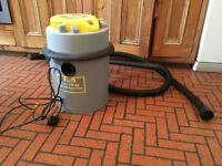 Earlex Combivac Wet 'n Dry Vaccuum Cleaner