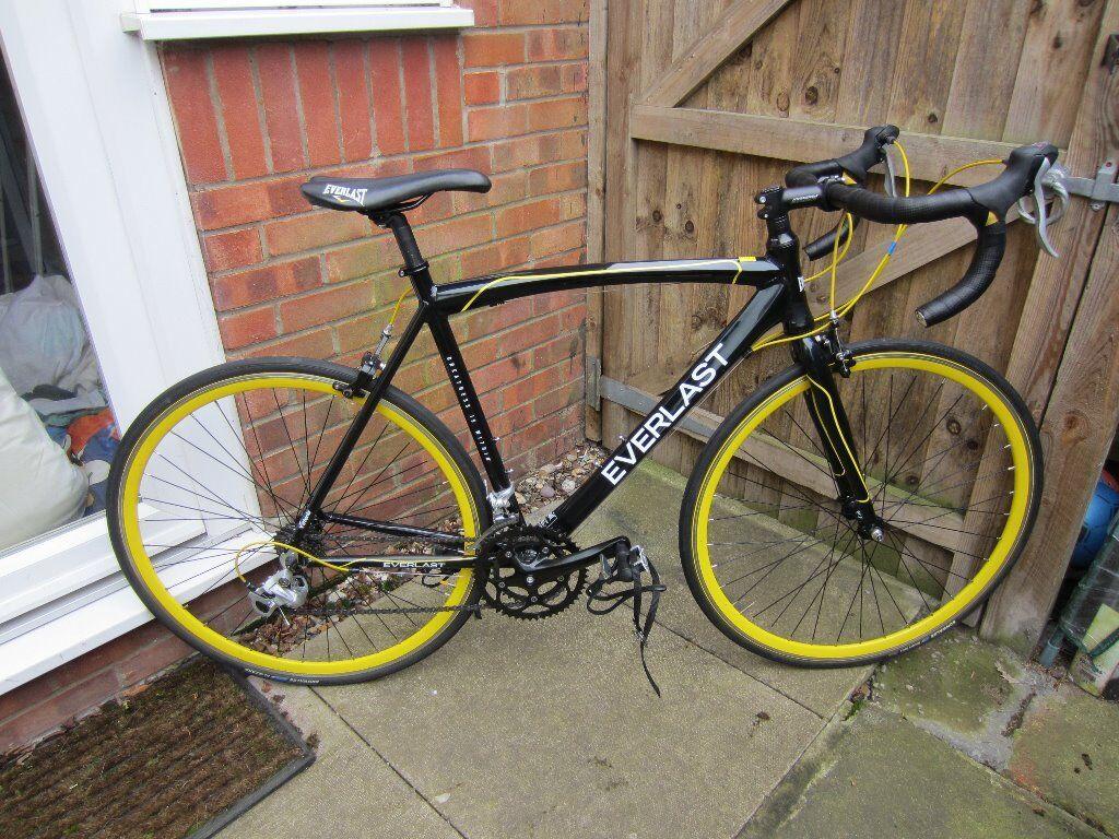 Everlast Road Bike 56 Frame Less Than A Year Old Fantastic