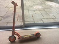Madgear junior scooter