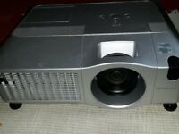Hitachi CP X15 XGA Projector with 641 Lamp Hours